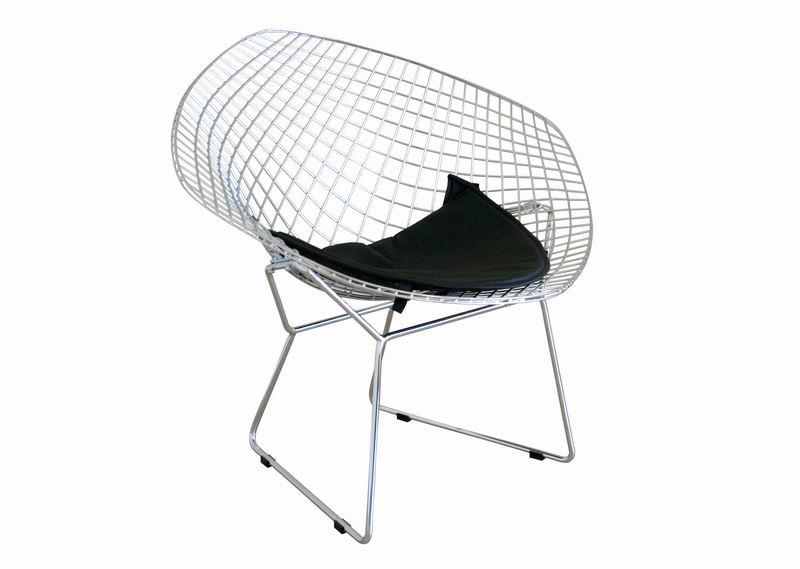 bertoia style wire diamond chair